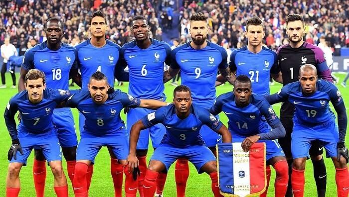 20 năm sau lần đầu tiên vô địch World Cup, Pháp đã lần thứ hai được giơ cao chiếc cúp sau khi đánh bại Croatia