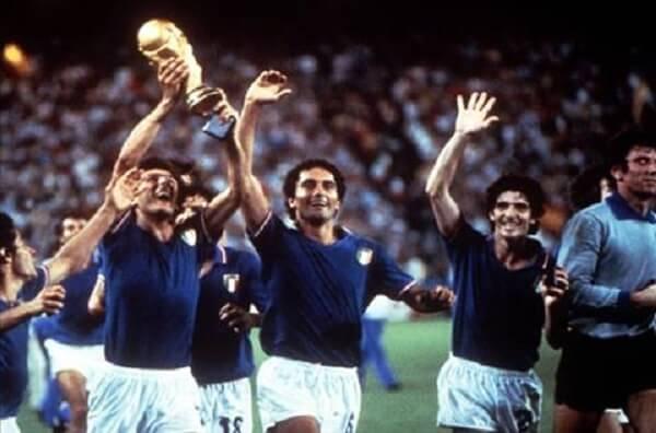 Italia vô địch World Cup lần thứ ba năm 1982