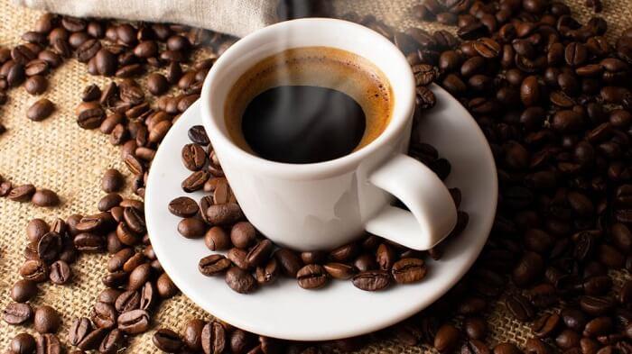 Cà phê và các loại đồ uống có chứa Caffeine không tốt cho mẹ bầu