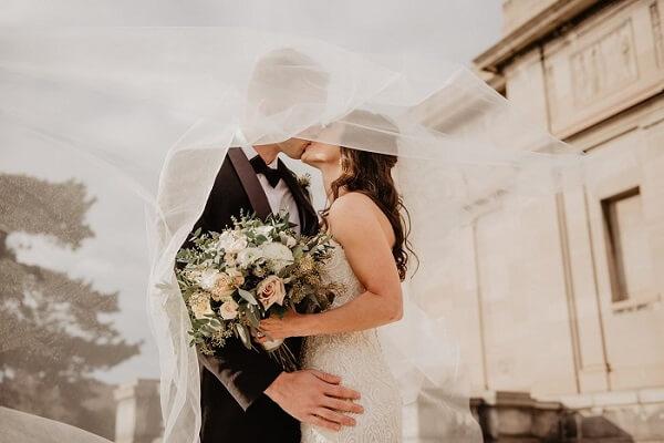 Chọn tuổi phù hợp sẽ giúp hôn nhân hạnh phúc và công việc thuận lợi hơn