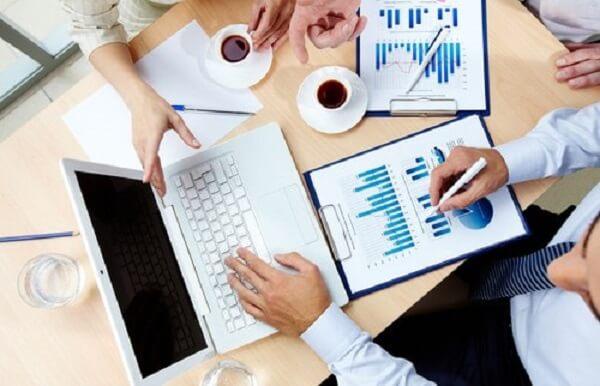 Nhà tư vấn tài chính đang là nghề hot cho sinh viên tài chính ngân hàng