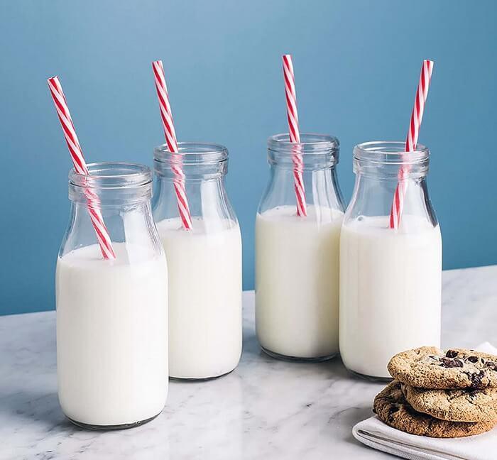 Nên uống sữa vào thời điểm nào là tốt nhất?